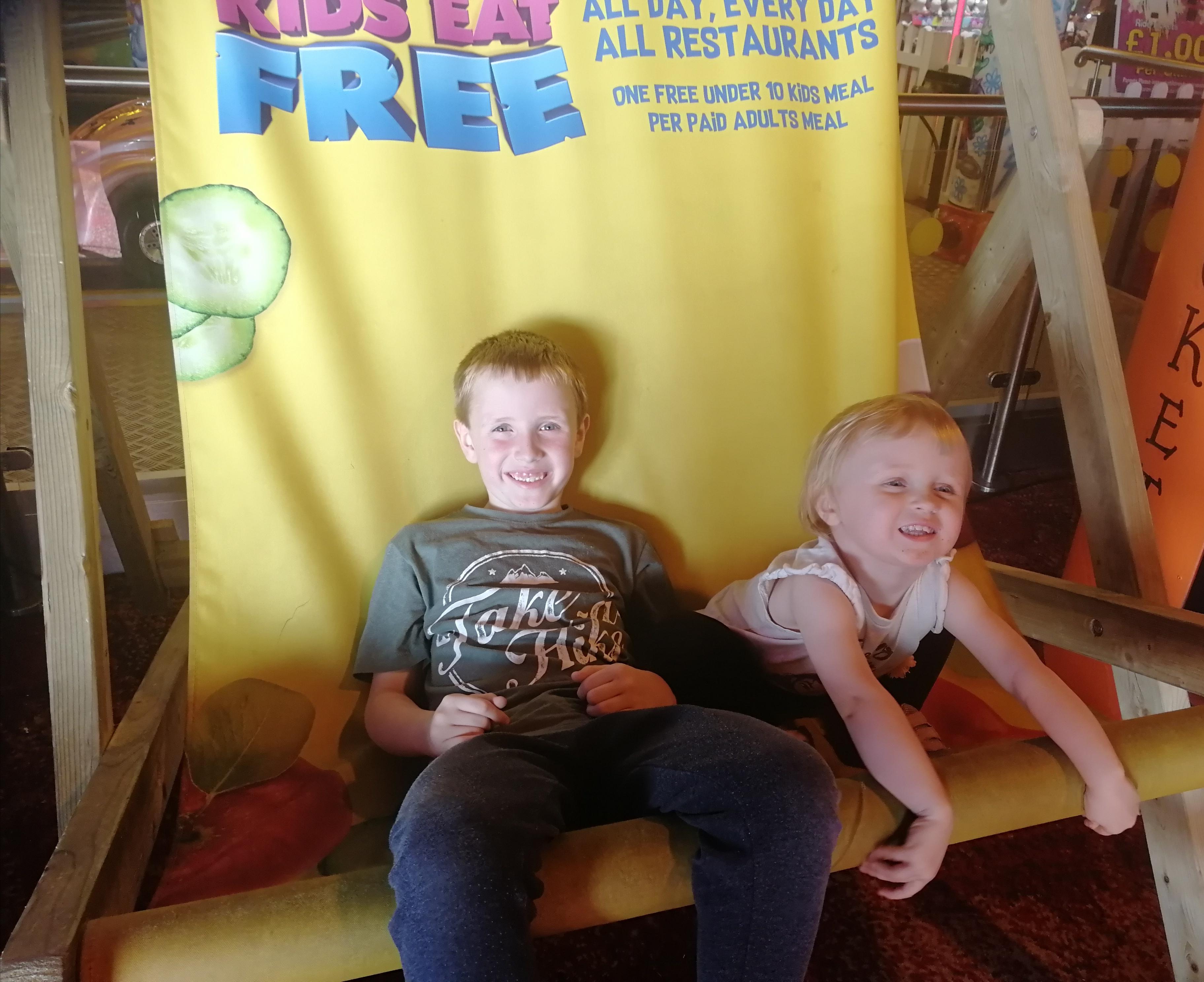 Kids Eat Free Giant Deckchair