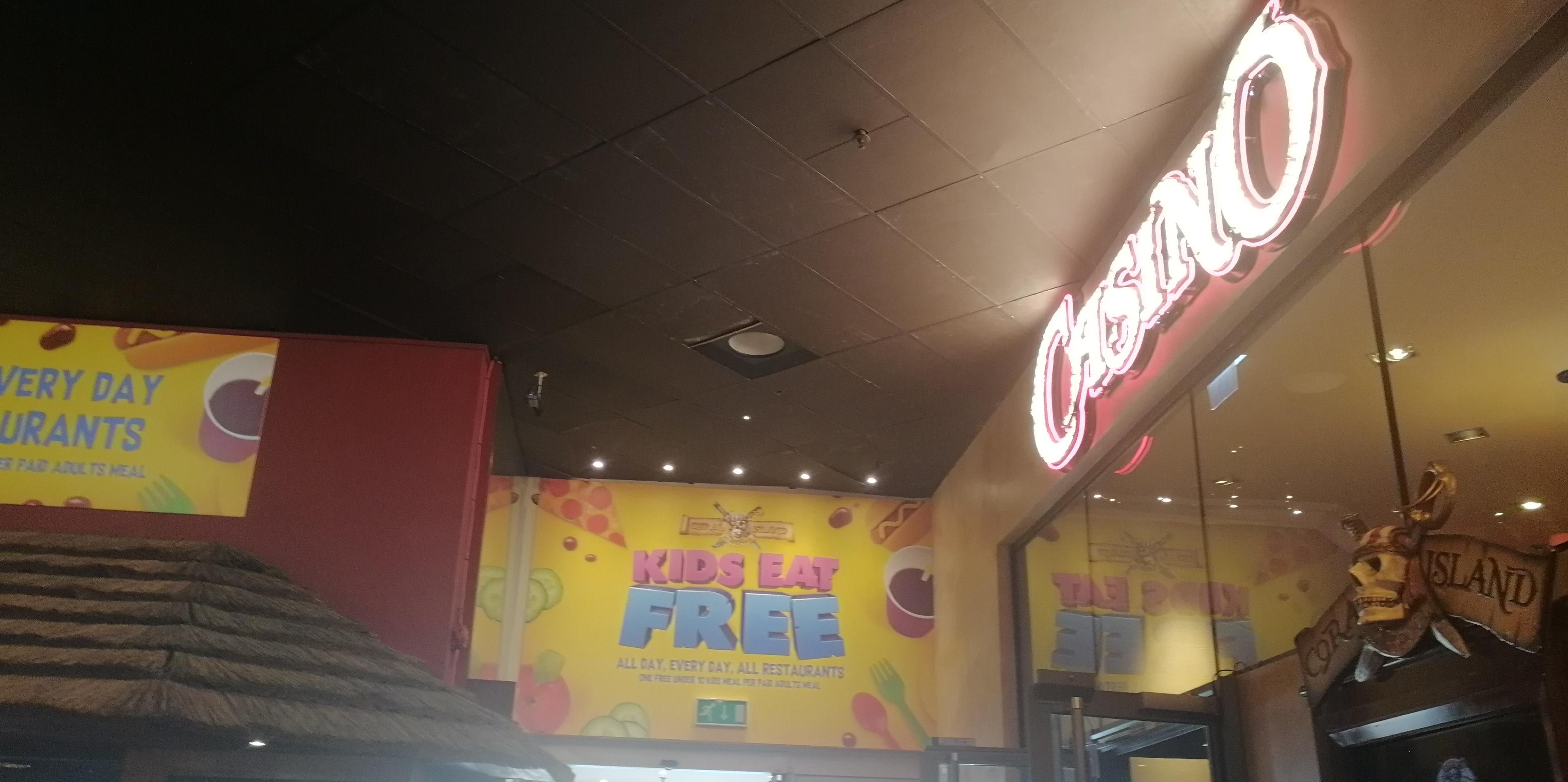 Kids Eat Free banner